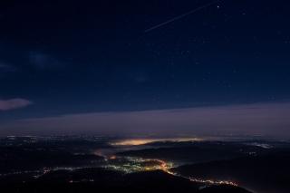 Cozia - noaptea peste Valea Oltului